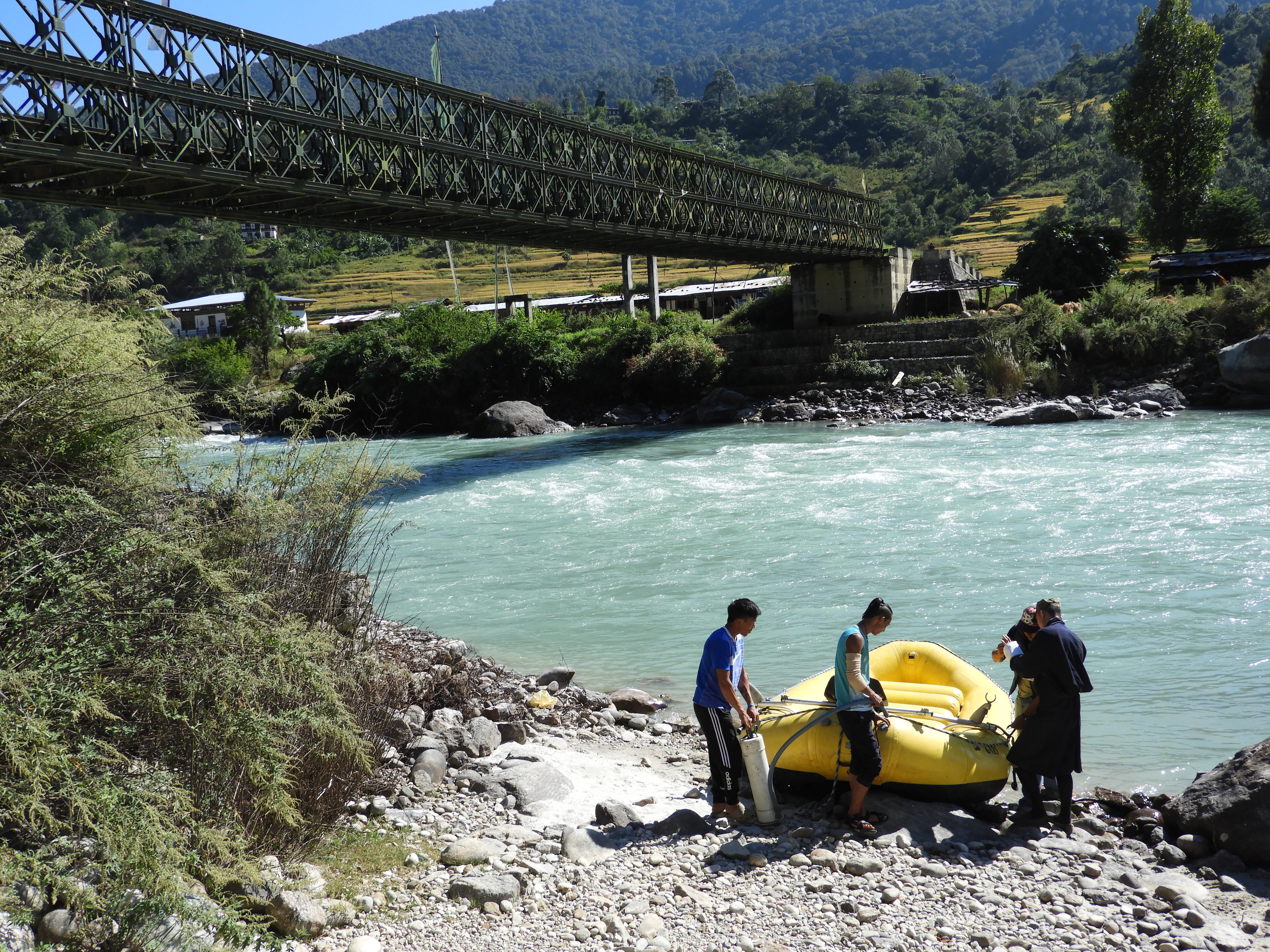 Landing the raft